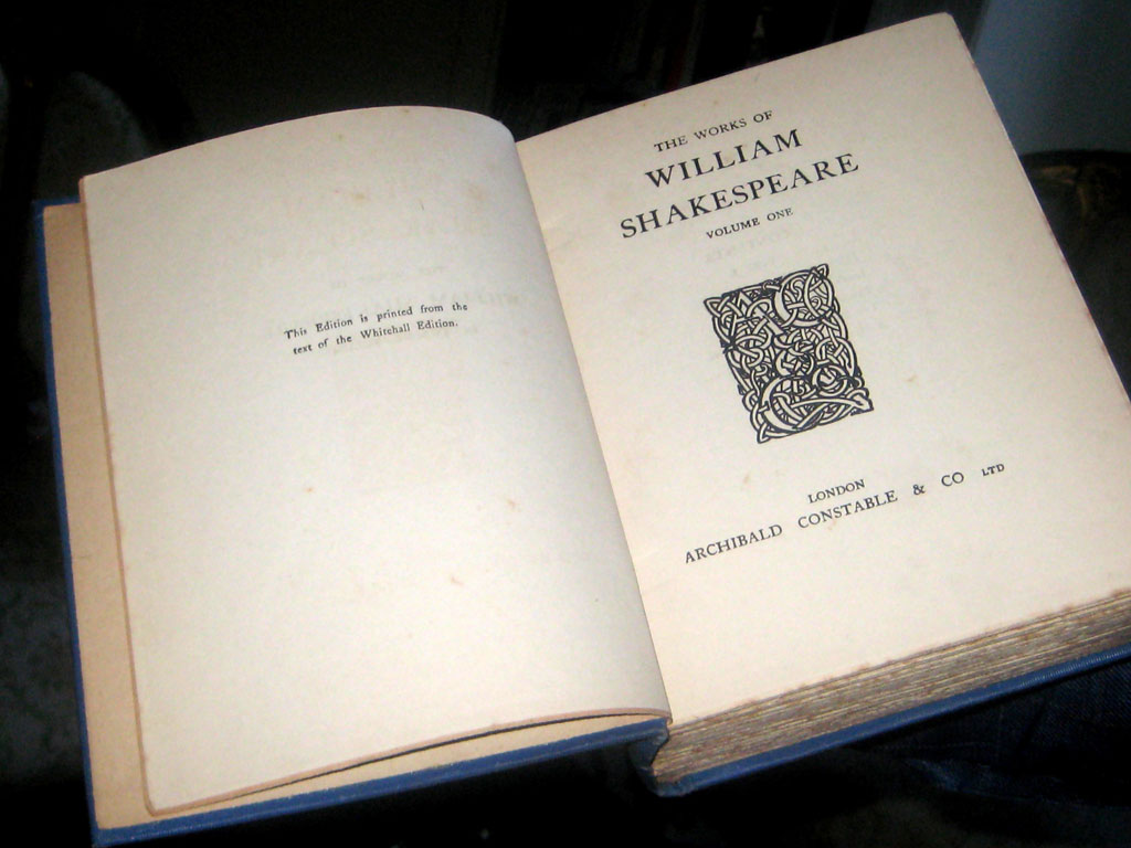 The Works of William Shakespeare, de Lampedusa. Foto V-M.